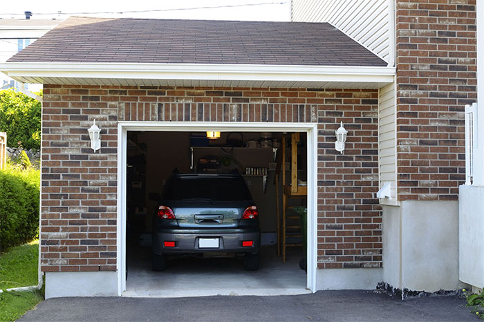 Beat car thieves 10 insider tips for Garage auto fab ennery